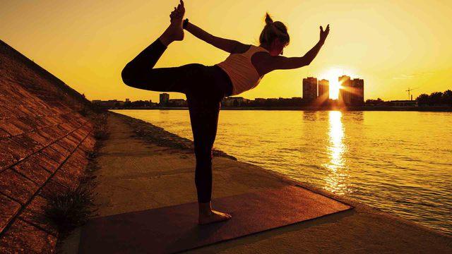 Septiembre, el momento perfecto para practicar yoga en casa
