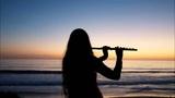 Tres horas de música relajante con el sonido del océano, el piano y la flauta.